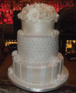 Julie Craggs Cakes - Wedding Cakes